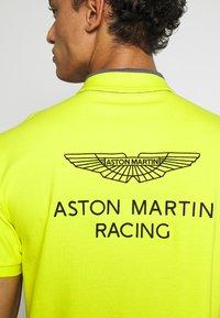 Hackett Aston Martin Racing - Koszulka polo - black/multi - 5