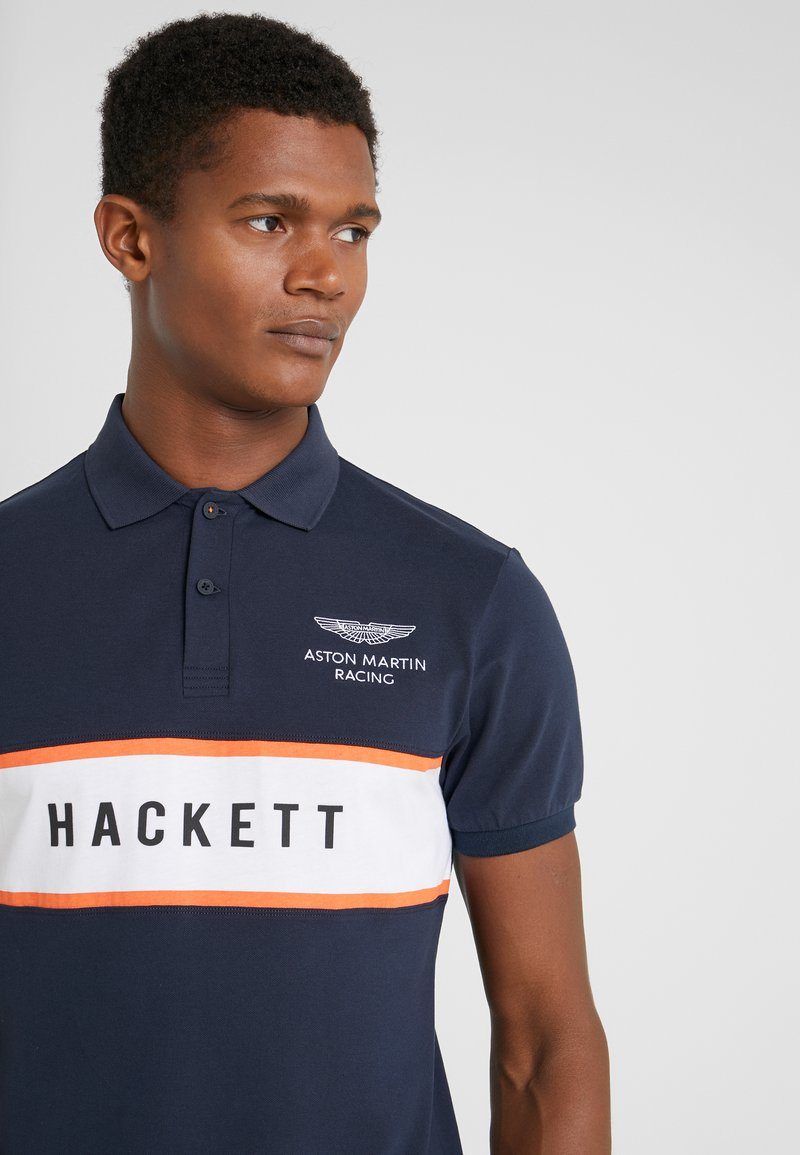 Hackett Aston Martin Racing CHEST PANEL - Poloskjorter - navy/white