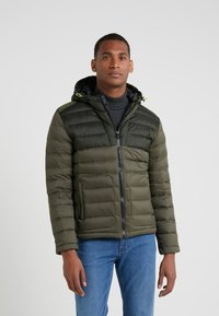 Hackett Aston Martin Racing - CORE SKI JACKET - Dunjakke - olive - 0