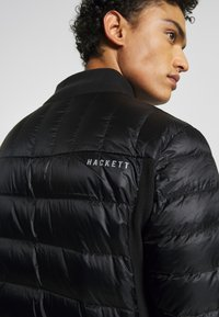 Hackett Aston Martin Racing - HYBRID - Zimní bunda - black - 4