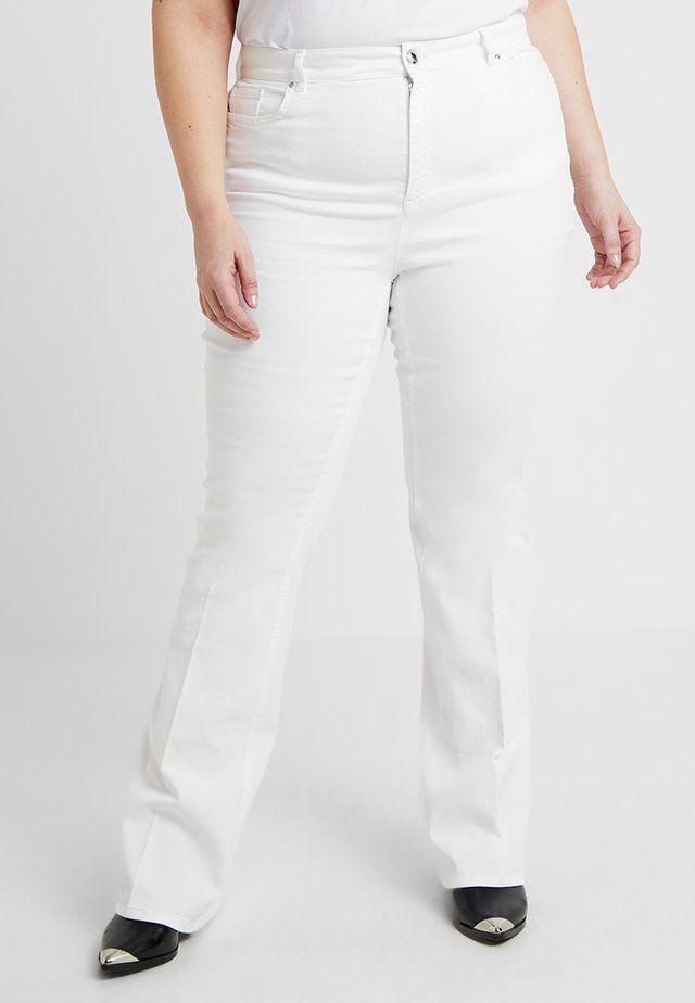 RAFFICA - Flared Jeans - white