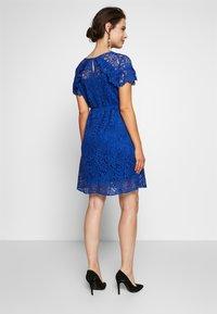 ATTESA - PIZZO - Sukienka letnia - royal blue - 2