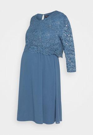 CORTO - Vestido de cóctel - pale blue