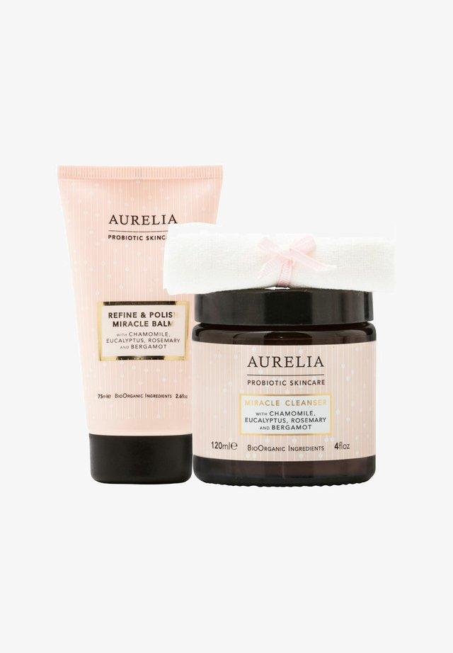 AURELIA PROBIOTIC SKINCARE AURELIA REFINE AND POLISH MIRACLE BAL - Skincare set - -