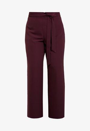 Kalhoty - winetasting