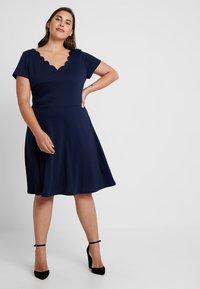 Anna Field Curvy - Vestido ligero - maritime blue - 0