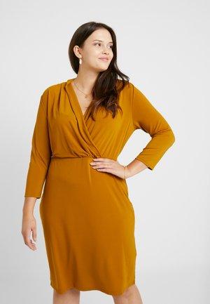 Pouzdrové šaty - golden/brown