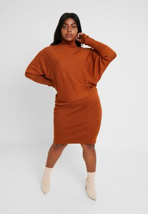 ROLL NECK BAT SHAPE DRESS - Stickad klänning - caramel cafe