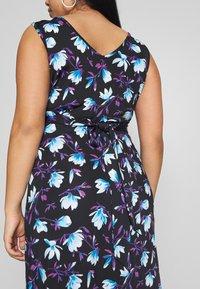 Anna Field Curvy - Maxi šaty - black/blue/white - 5