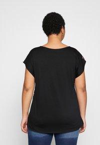 Anna Field Curvy - Blouse - black/multicoloured - 2