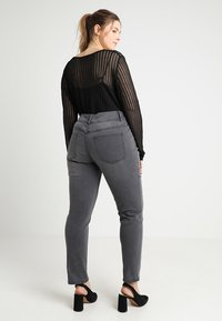 Anna Field Curvy - Slim fit jeans - grey - 2