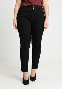Anna Field Curvy - Slim fit jeans - black - 0