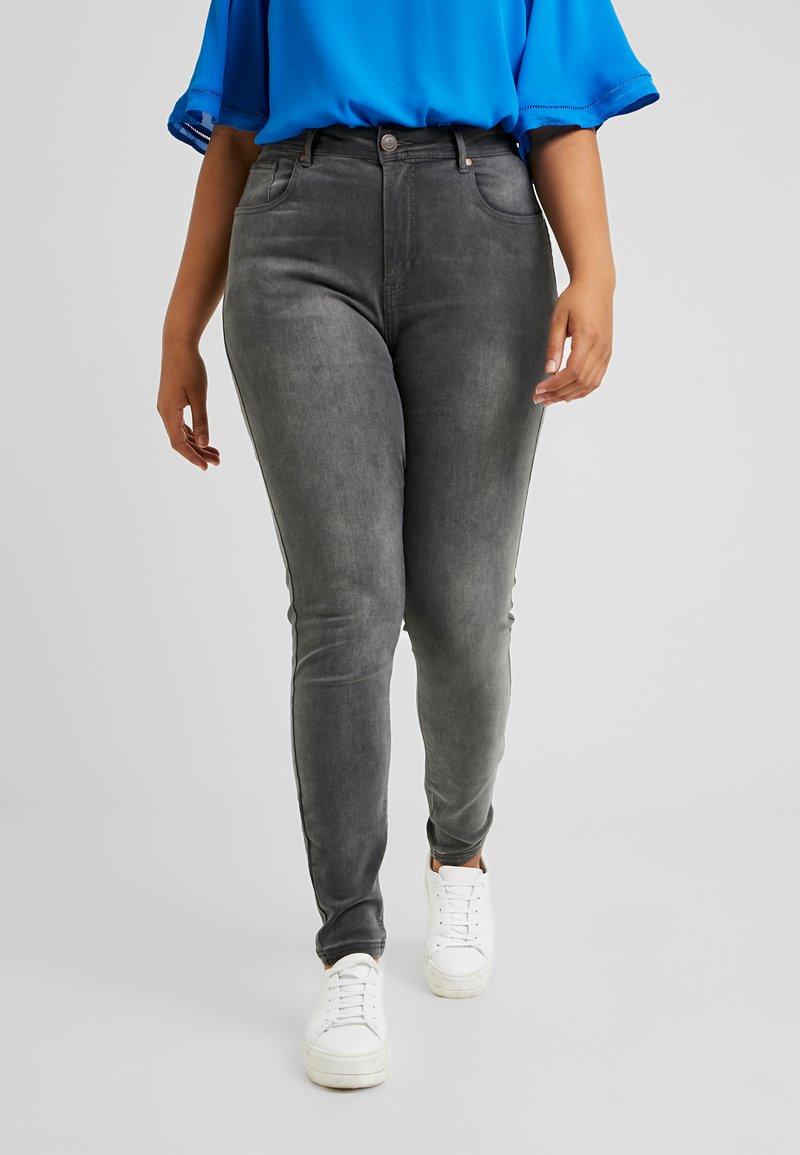 Anna Field Curvy - Jeans Skinny Fit - grey