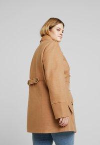 Anna Field Curvy - Short coat - camel - 2