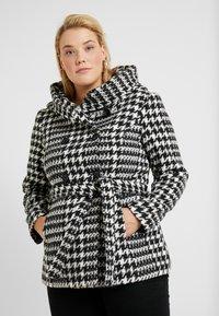 Anna Field Curvy - Lehká bunda - white/black - 0