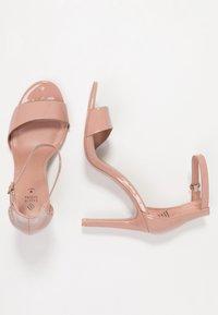 Call it Spring - DELLMAR VEGAN - Sandály na vysokém podpatku - light brown - 3