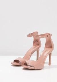 Call it Spring - DELLMAR VEGAN - Sandály na vysokém podpatku - light brown - 4