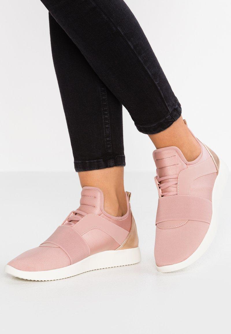 Call it Spring - RILA - Sneaker low - light pink