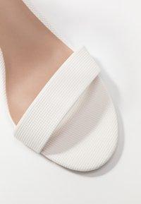 Call it Spring - TAYVIA  - Sandaler med høye hæler - white - 2