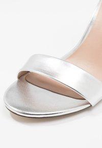 Call it Spring - TAYVIA  - Sandaler med høye hæler - silver - 2