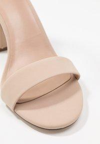 Call it Spring - TAYVIA  - Sandály na vysokém podpatku - bone - 5