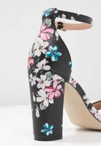 Call it Spring - TAYVIA  - Sandalen met hoge hak - black/multicolor - 2