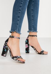 Call it Spring - TAYVIA  - Sandalen met hoge hak - black/multicolor - 0