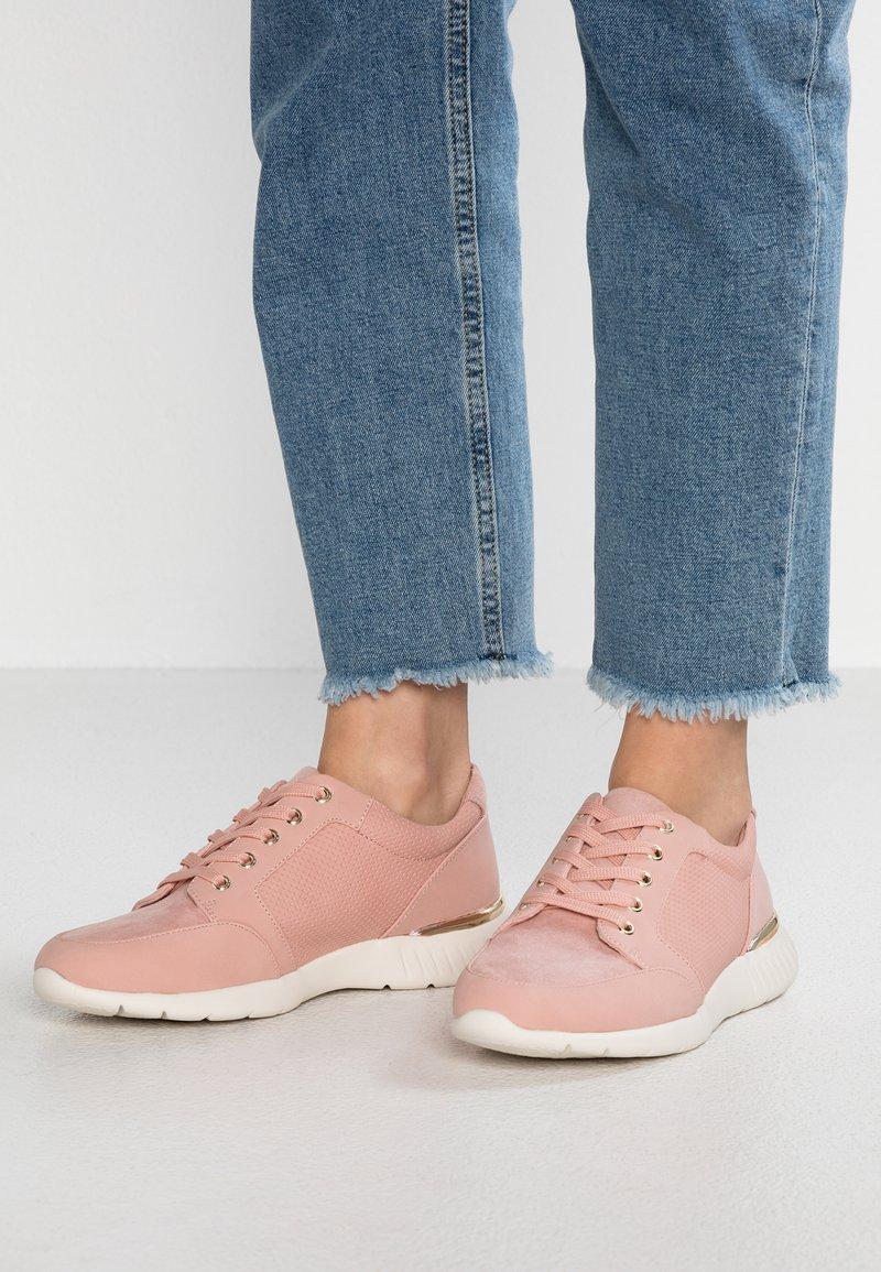 Call it Spring - RUIZ - Trainers - light pink