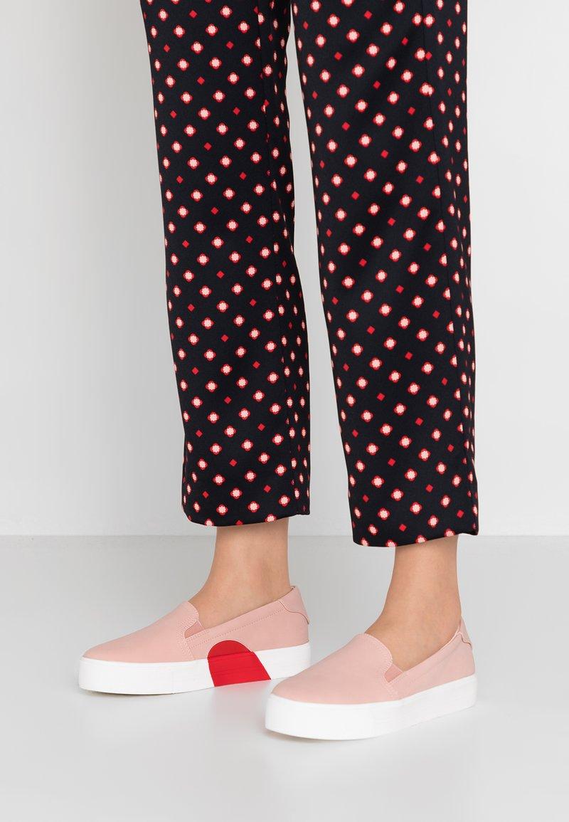 Call it Spring - LUV - Slip-ins - light pink