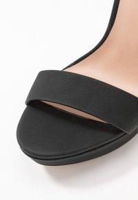 Call it Spring - WESTKAAP - Korolliset sandaalit - black - 2