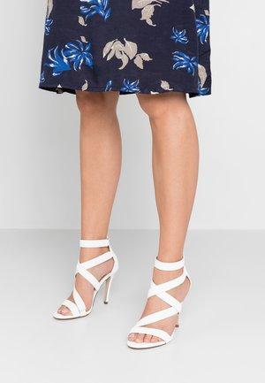 KURISCHE - Sandály na vysokém podpatku - white