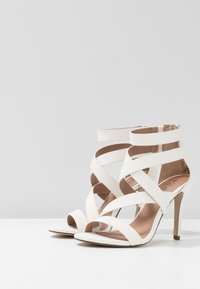 Call it Spring - KURISCHE - Sandály na vysokém podpatku - white - 4