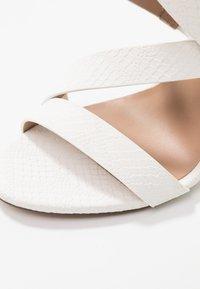 Call it Spring - KURISCHE - Sandály na vysokém podpatku - white - 2