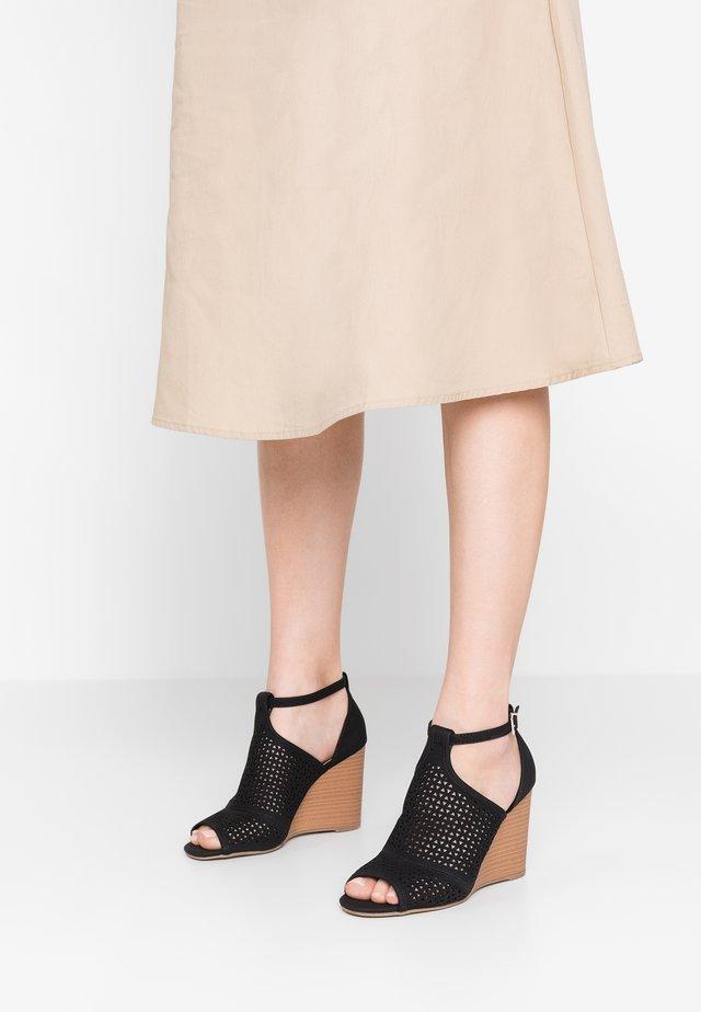 HEDAYA - Højhælede sandaletter / Højhælede sandaler - black