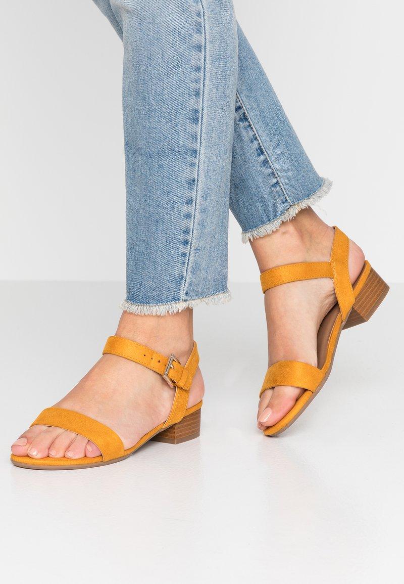 Call it Spring - COOLMINE - Sandals - dark yellow