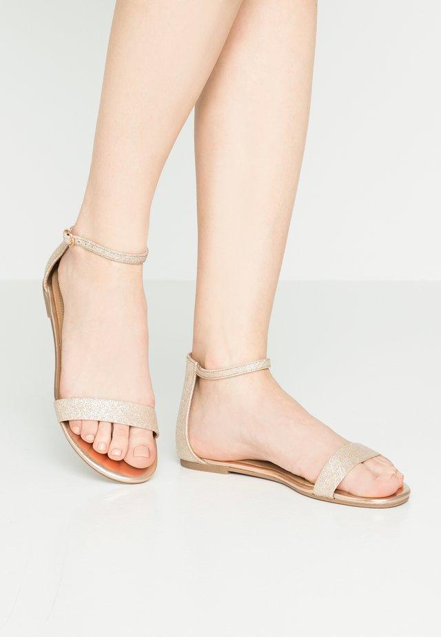 BABELL - Sandały - white/multicolor