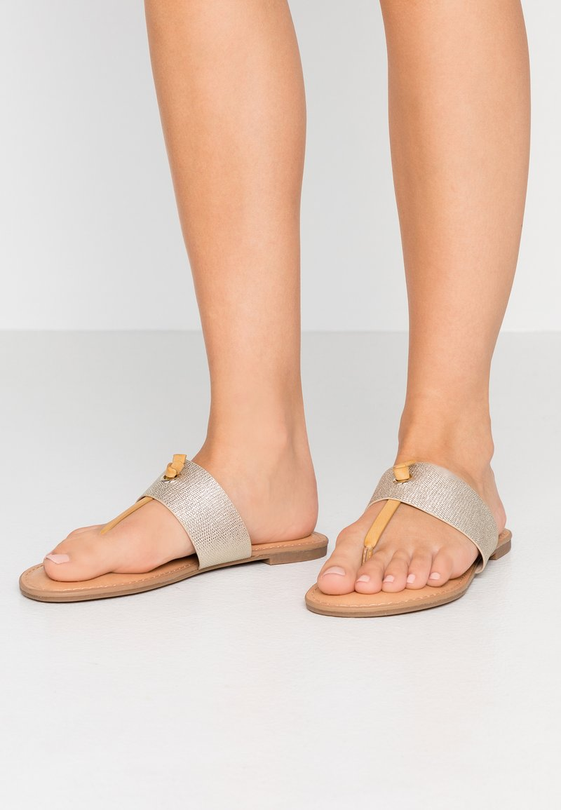 Call it Spring - PACKARDII VEGAN - T-bar sandals - champagne