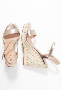 Call it Spring - ALEXEY VEGAN - Sandály na vysokém podpatku - champagne - 3