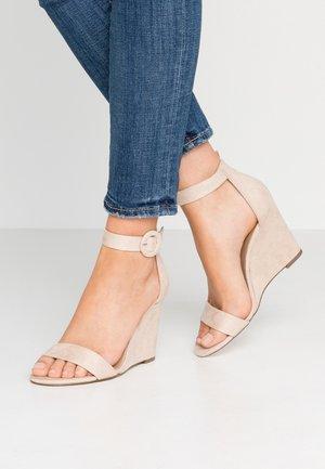 PORTREE VEGAN - Sandály na vysokém podpatku - bone