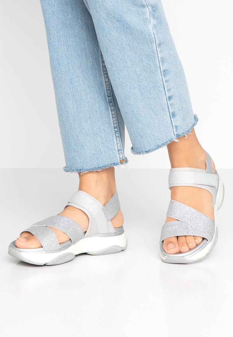 Call it Spring - BIYA VEGAN - Sandaler - silver