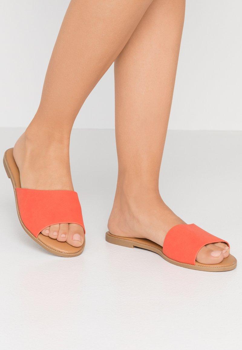 Call it Spring - TAKAYA VEGAN - Mules - bright orange