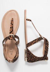 Call it Spring - FESTIVITY - Sandály s odděleným palcem - beige - 3