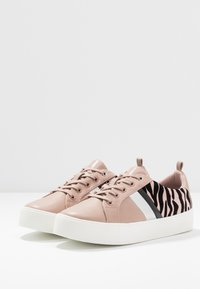 Call it Spring - AUGUSTISKI - Trainers - other pink - 4