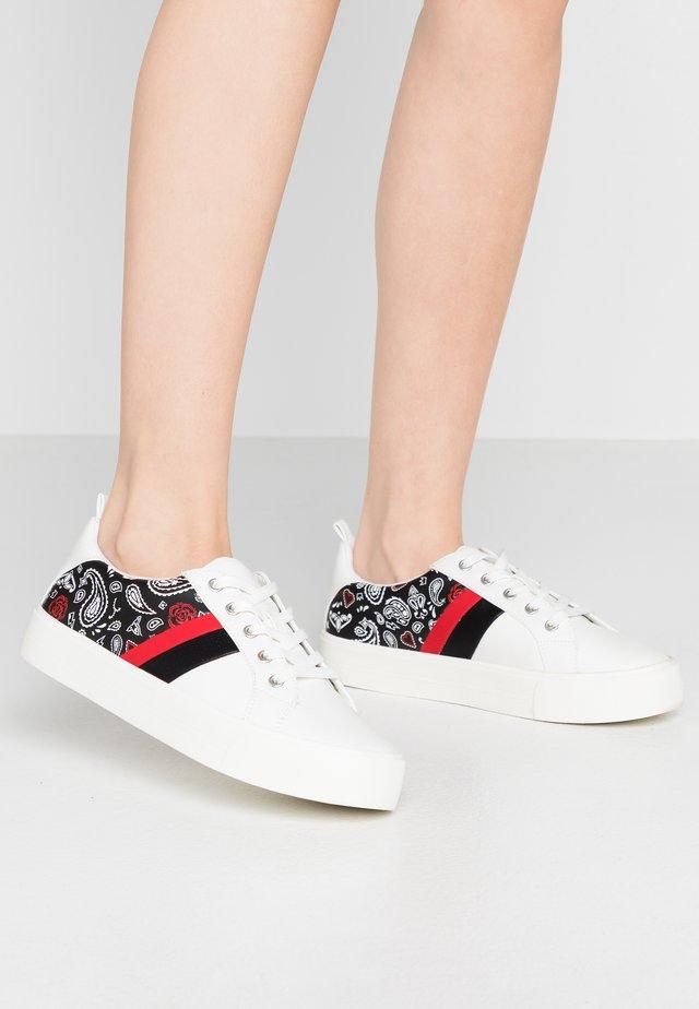 AUGUSTISKI - Sneakers laag - black/multicolor