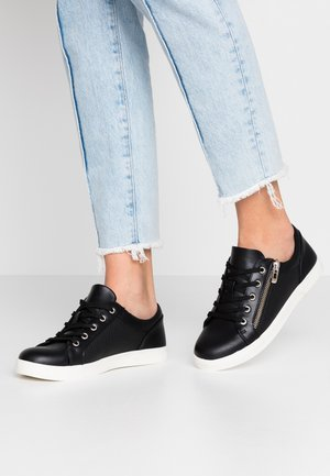 AVAA - Baskets basses - black
