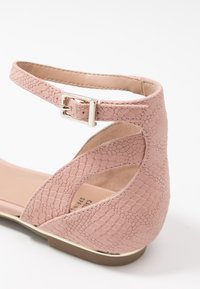 Call it Spring - CHARLOTE - Ankle strap ballet pumps - light pink - 2