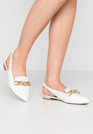 ARCOONA - Nazouvací boty - white