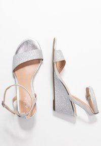 Call it Spring - CATCH - Wedge sandals - silver - 3