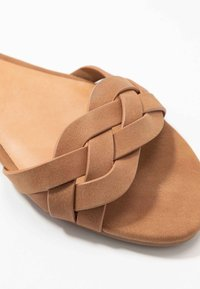 Call it Spring - FIRELLA - Sandaler - cognac - 2