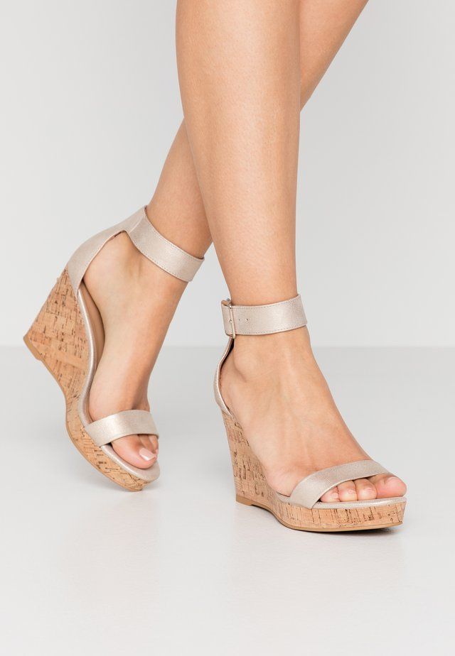 JOSSET - Sandály na vysokém podpatku - champagne